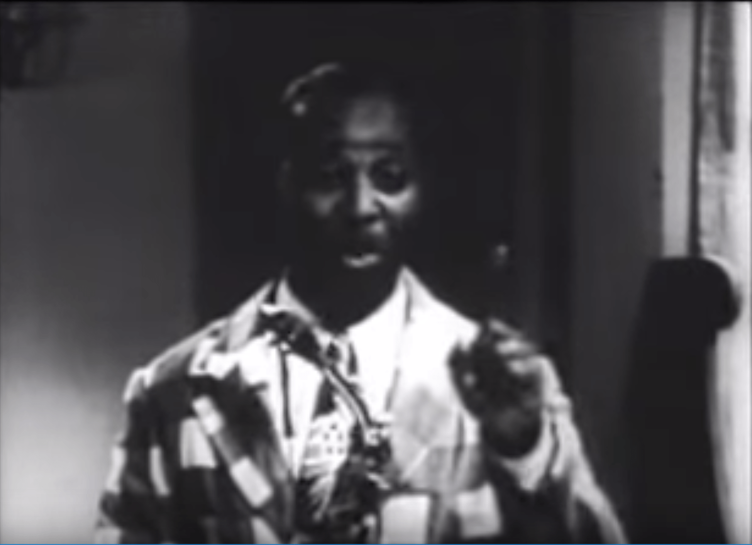 Louis Jordan: Hold On - 1940's