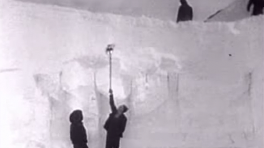 Newsreel: Snowstorm strands dozens on Donner Pass – 1952